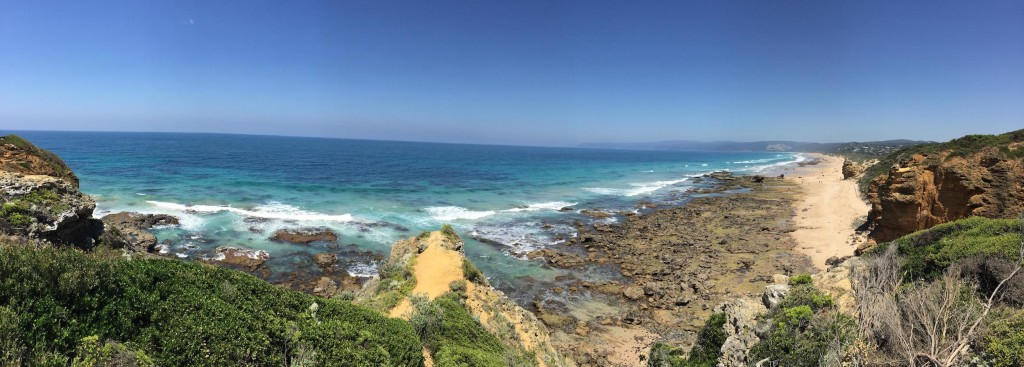 view from Split Point Lighthouse - Great Ocean Rd Tour