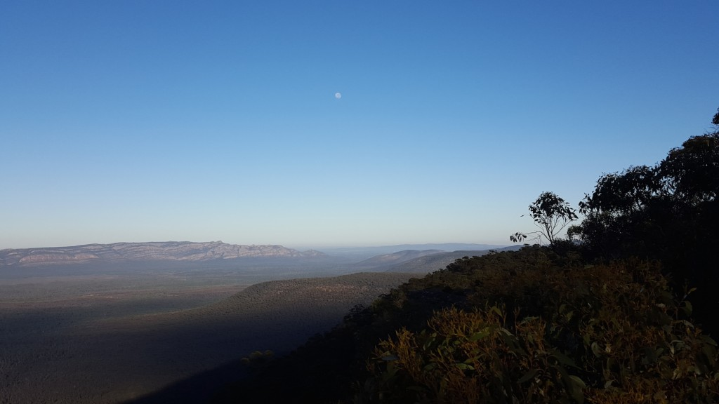 Reids Lookout - Grampians at Sunrise